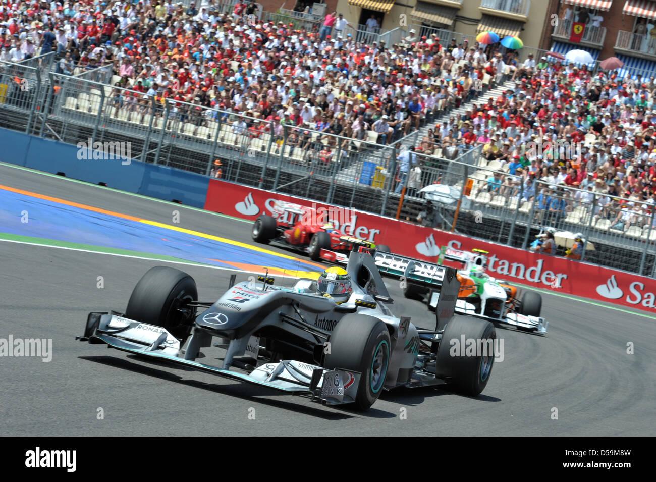 Circuito Valencia F1 : El piloto alemán nico rosberg de mercedes gp en el circuito urbano