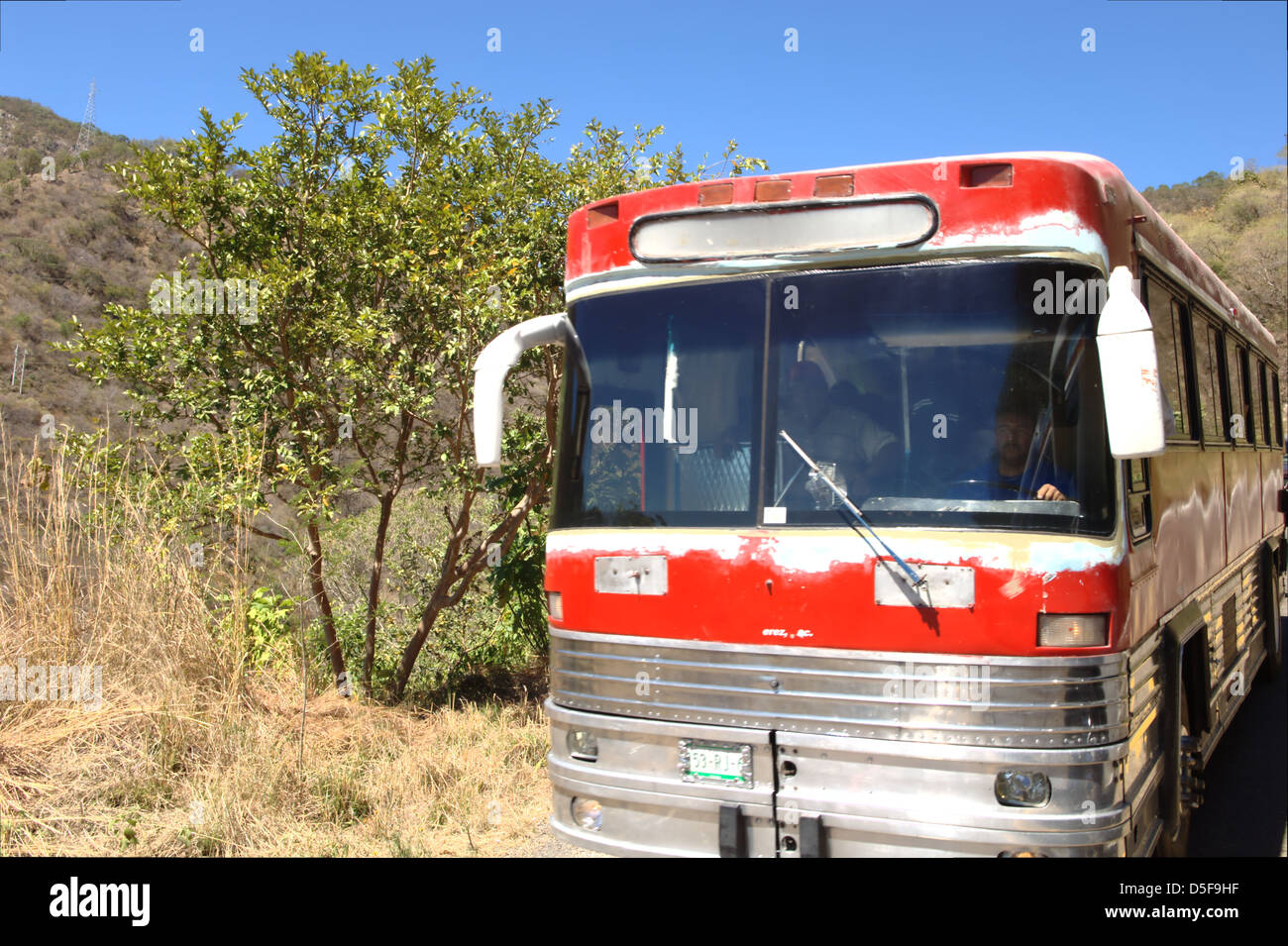 Un Bus Rumbo A Talpa De Allende Jalisco Mxico