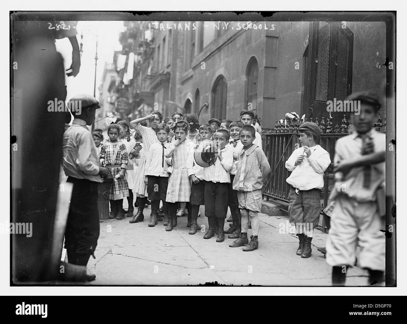 Escuela de N.Y. - Italianos (LOC) Imagen De Stock