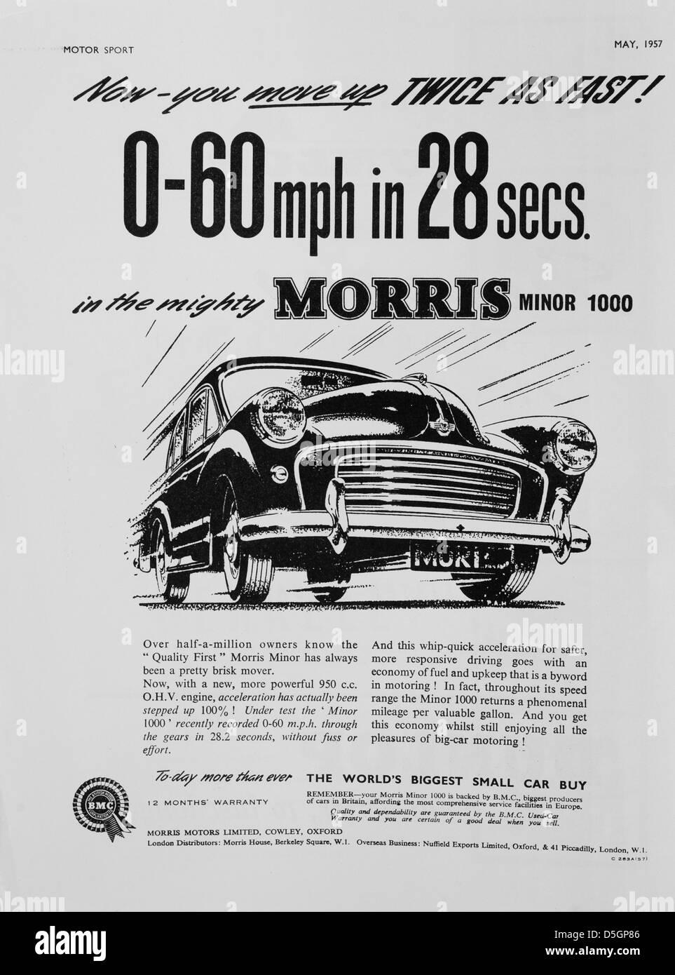 Morris Minor 1000 advetisement en el deporte del motor, Mayo 1957 Imagen De Stock