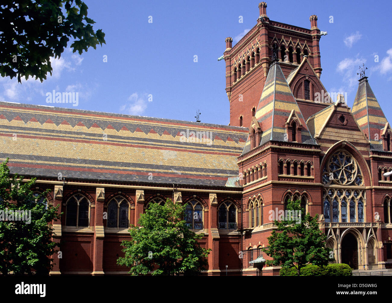 El Campus de la Universidad de Harvard Memorial Hall Cambridge Massachusetts EE.UU. Imagen De Stock