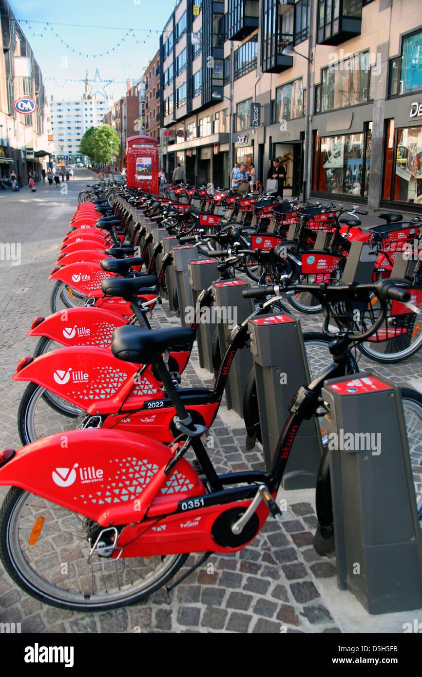 Europa, Francia, Lille. Bicicletas públicas de Lille. Imagen De Stock