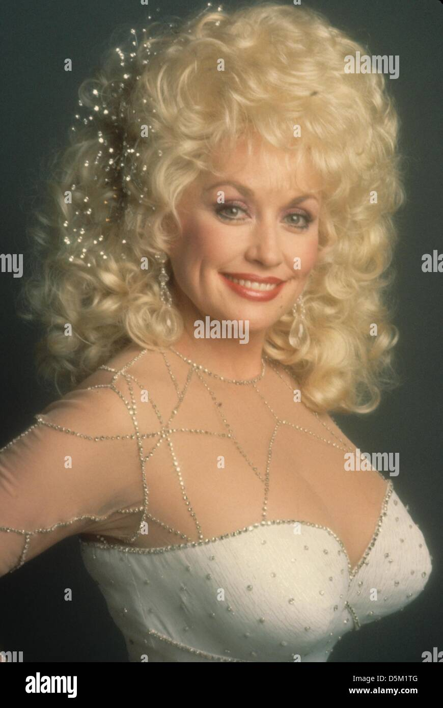 DOLLY PARTON.(Credit Image: © Herb Ritts/Mundo Photos/ZUMAPRESS.com) Imagen De Stock