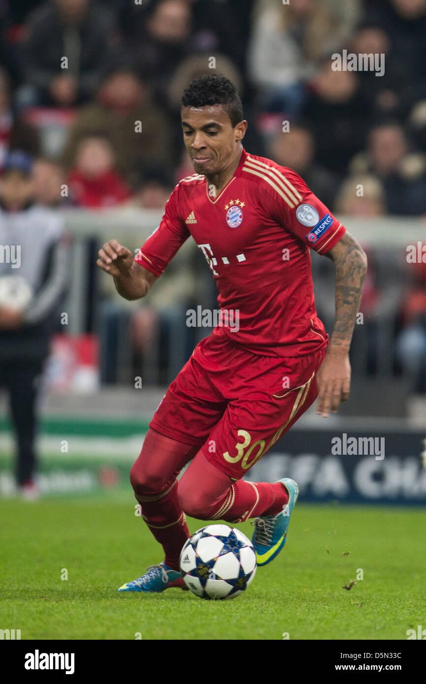 Luiz Gustavo (Bayern), 2 de abril de 2013 - Fútbol / Fútbol UEFA ...
