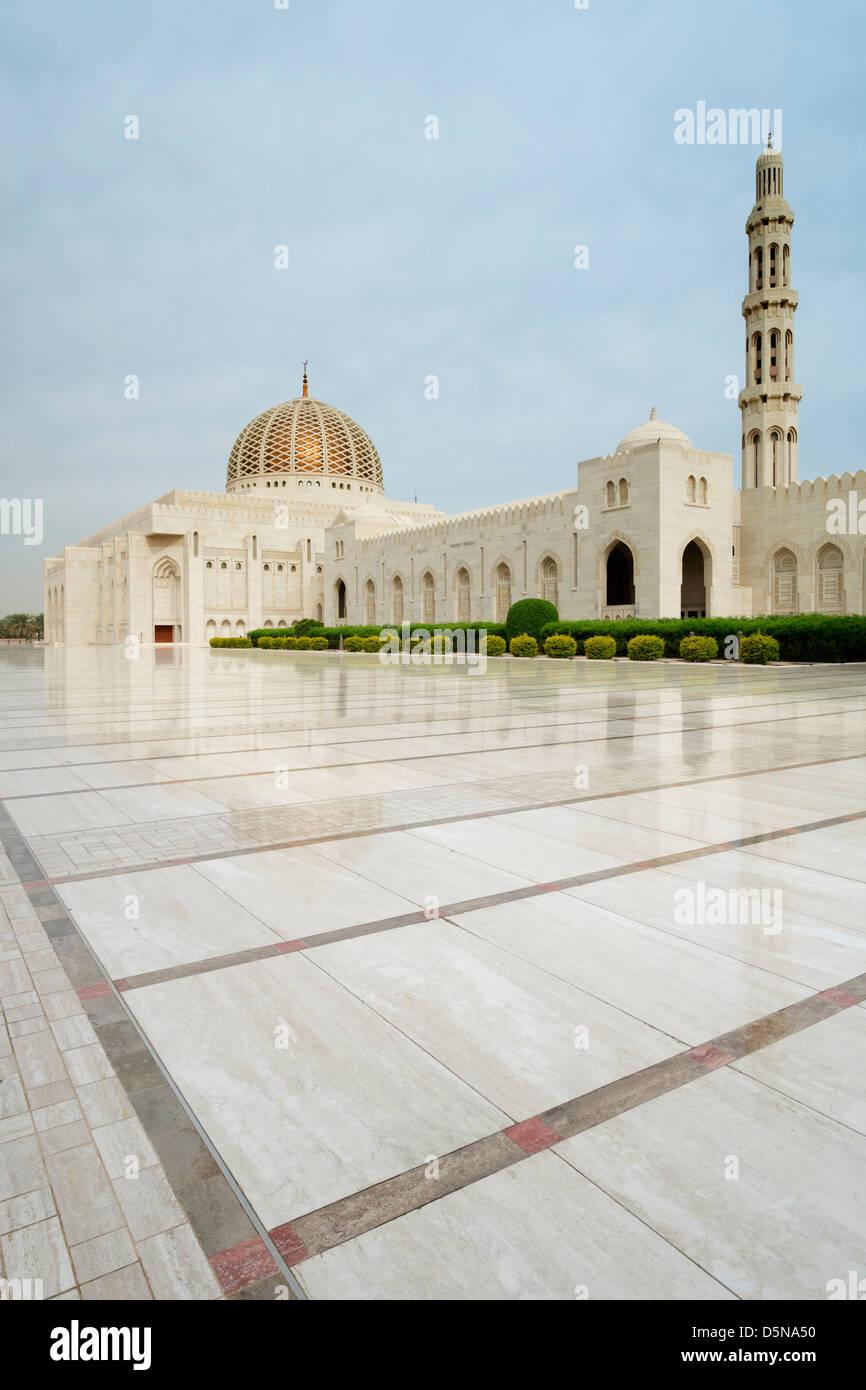 Gran Mezquita Sultan Qaboos en Muscat, Omán, Oriente Medio Imagen De Stock