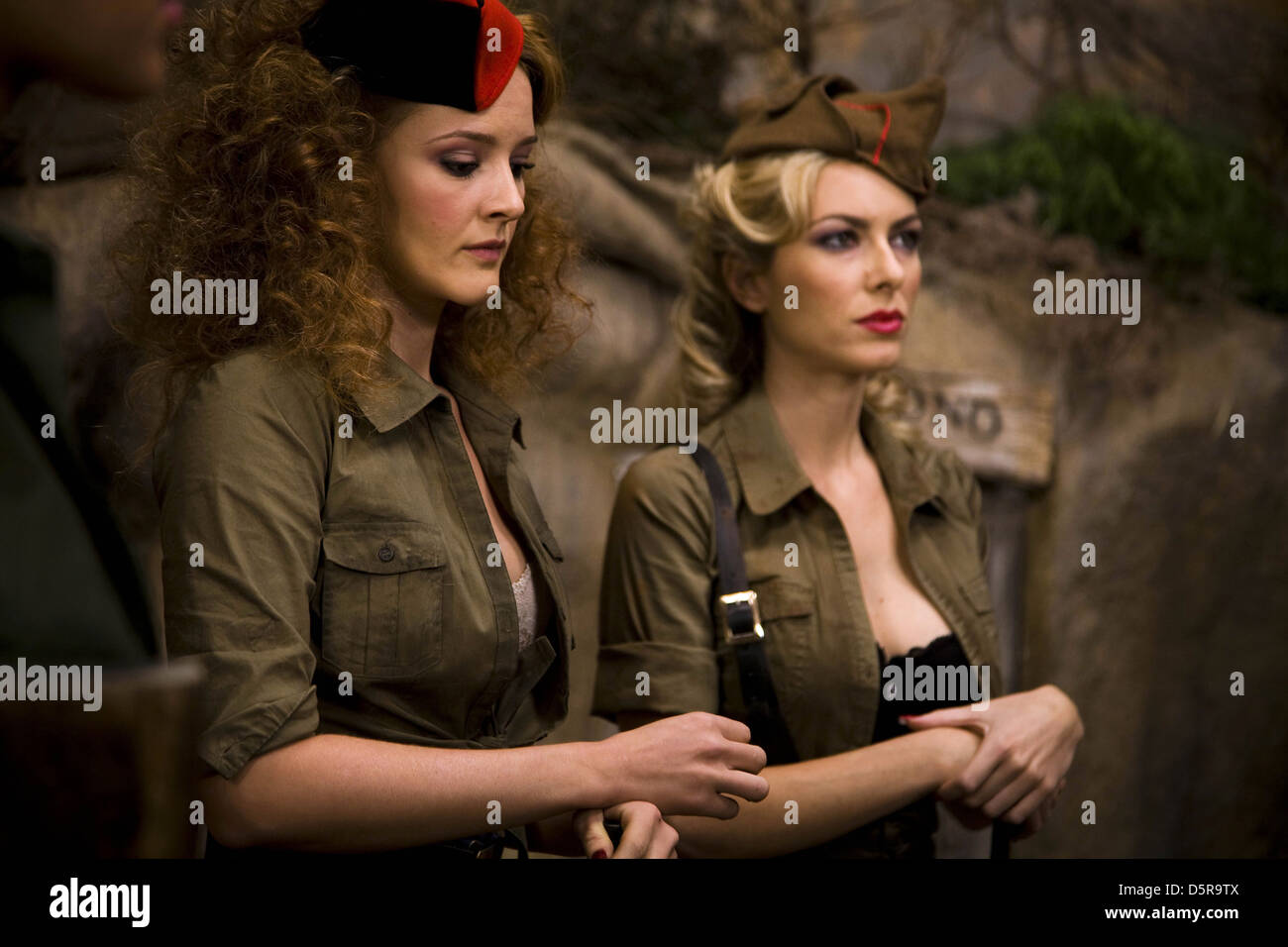 ANA POLVOROSA & KIRA MIRO NO LO LLAMES AMOR... LLAMALO X (2011). Imagen De Stock