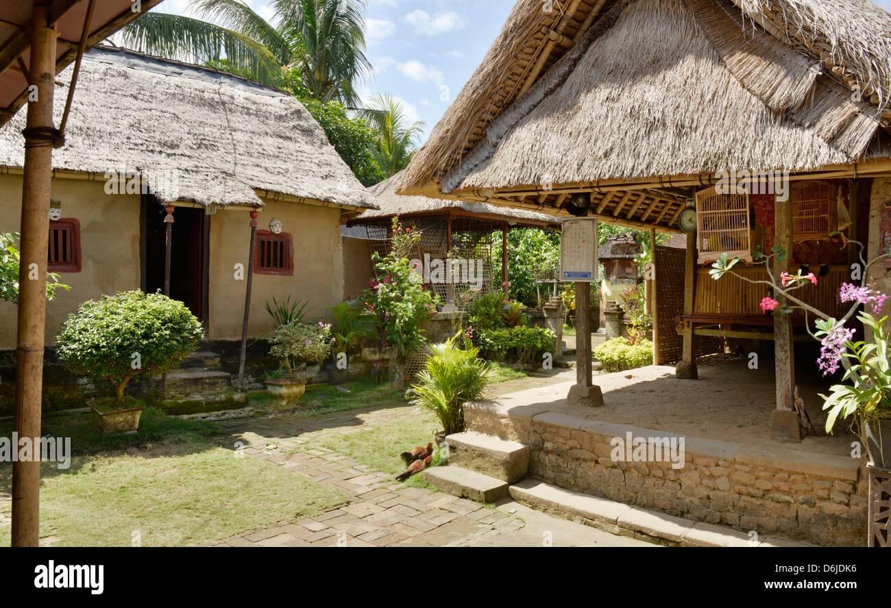 Simple campesino casa en Bali, Indonesia, Sudeste Asiático, Asia Imagen De Stock