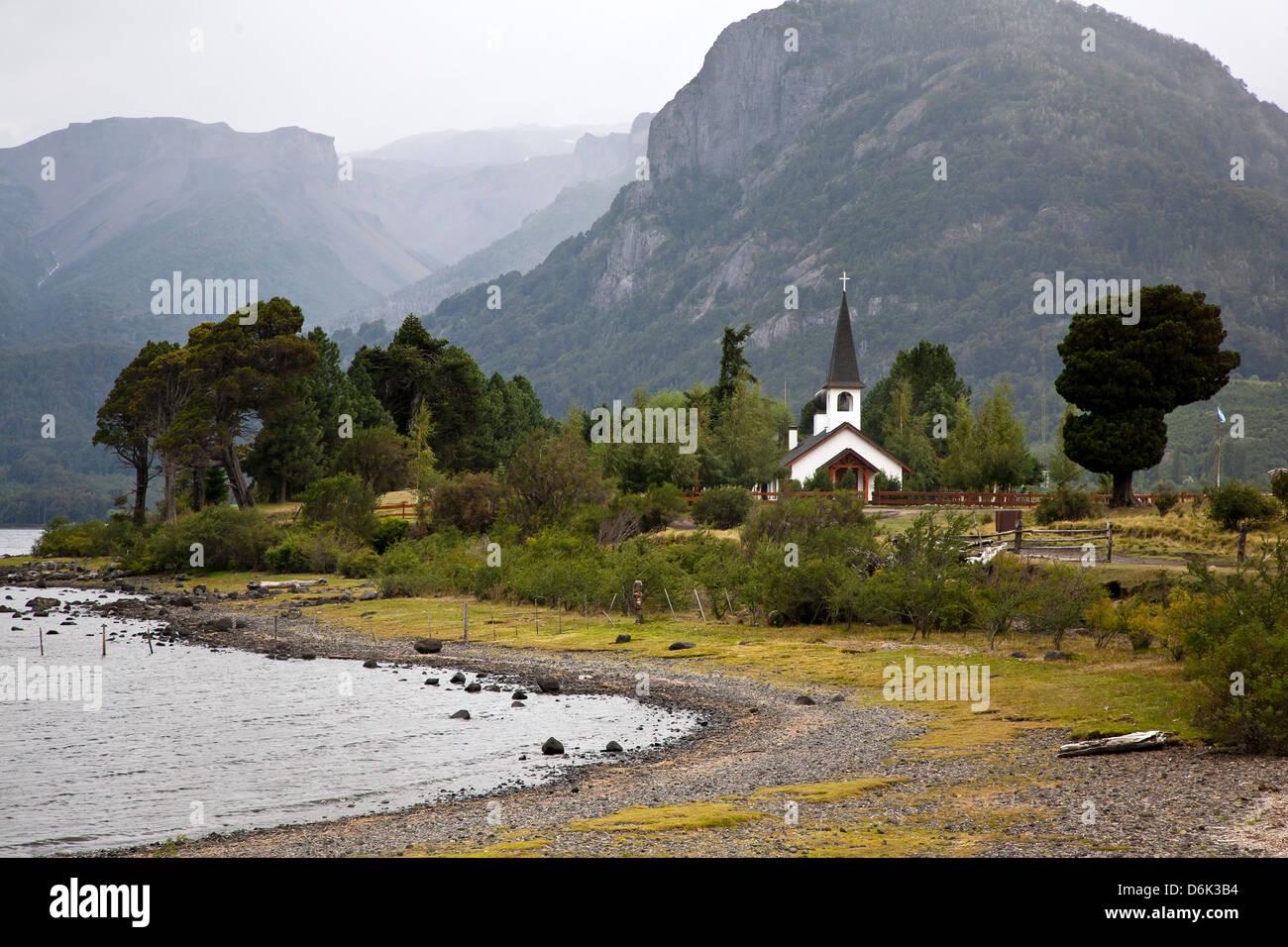Paisaje en Lago Paimun, Parque Nacional Lanin, Patagonia, Argentina, Sudamérica Imagen De Stock