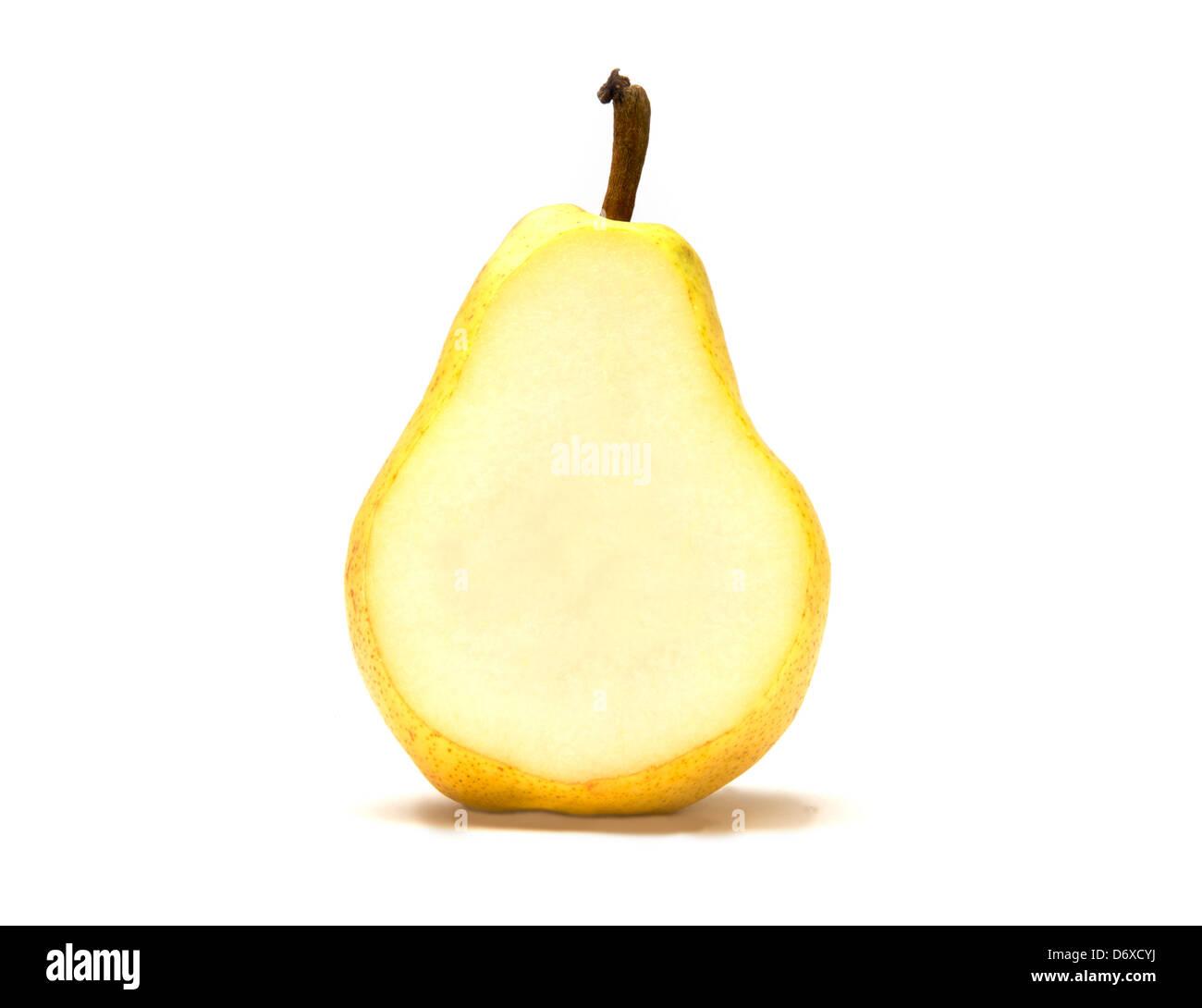 Una sola Bartlet pear cut open Imagen De Stock