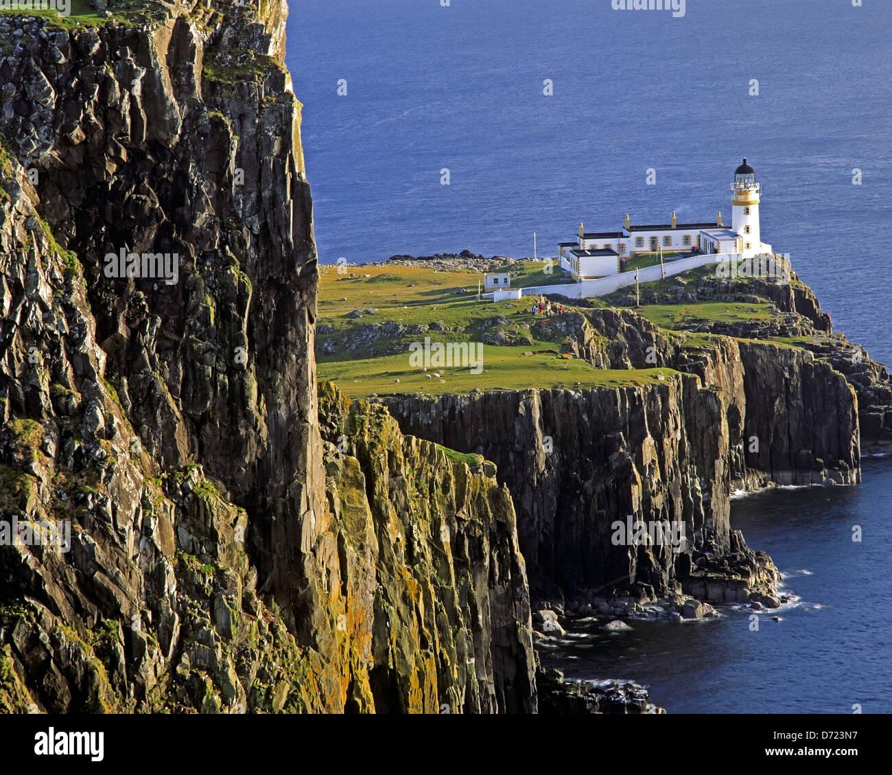 Gb - Escocia: neist point faro en la isla de Skye Foto de stock