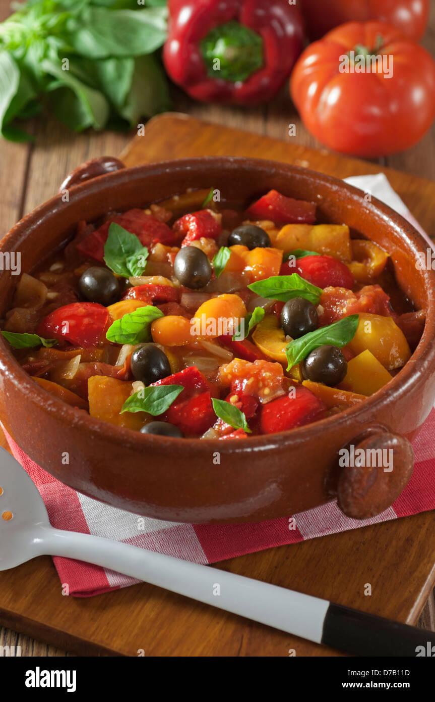 Peperonata Italia comida italiana estofado de pimienta Imagen De Stock
