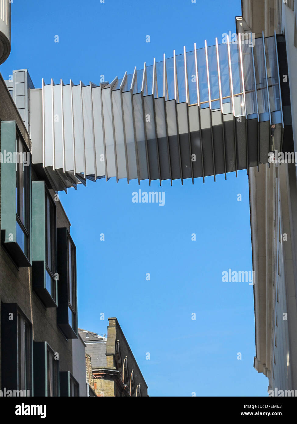 El Puente de aspiración se une a la Royal Opera House y la Royal Ballet School, Covent Garden, Londres Imagen De Stock