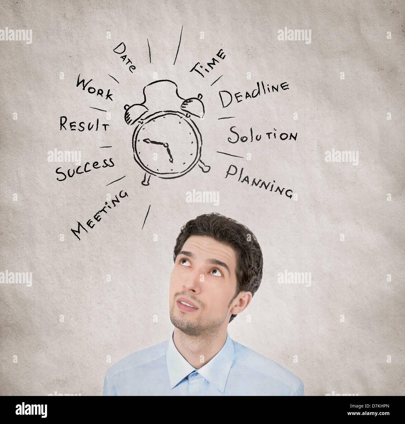 Concepto retrato de empresario a planear su día de trabajo quiere triunfar en el crecimiento personal en la Imagen De Stock