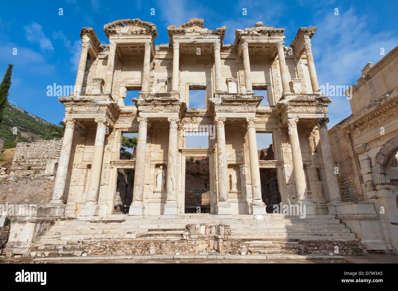 La Biblioteca de Celso, Éfeso, Esmirna, provincia de Anatolia, Turquía Minor Imagen De Stock