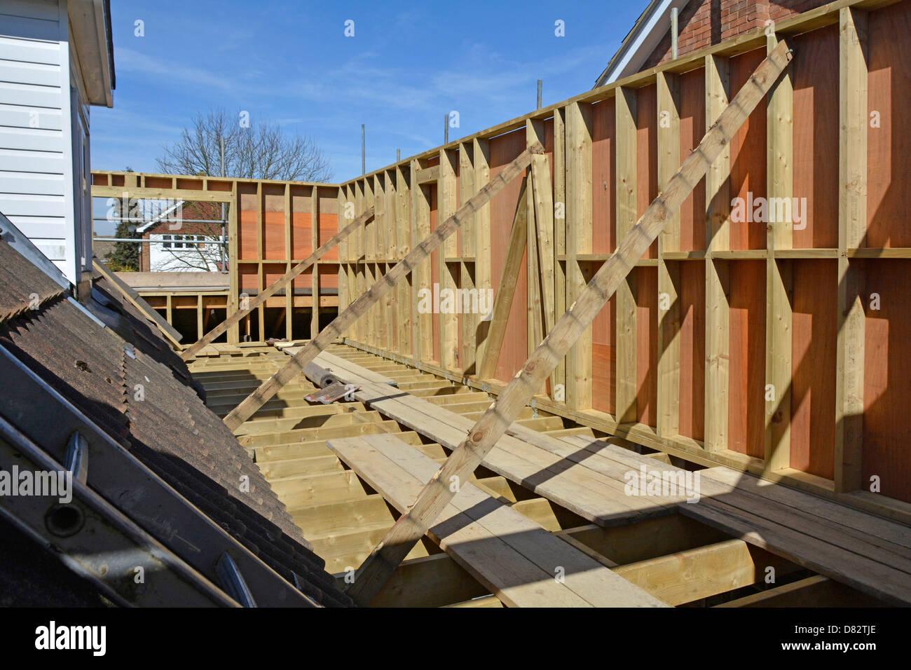 Chalet nuevo dormitorio primer piso extensión vigueta y marcos de ...