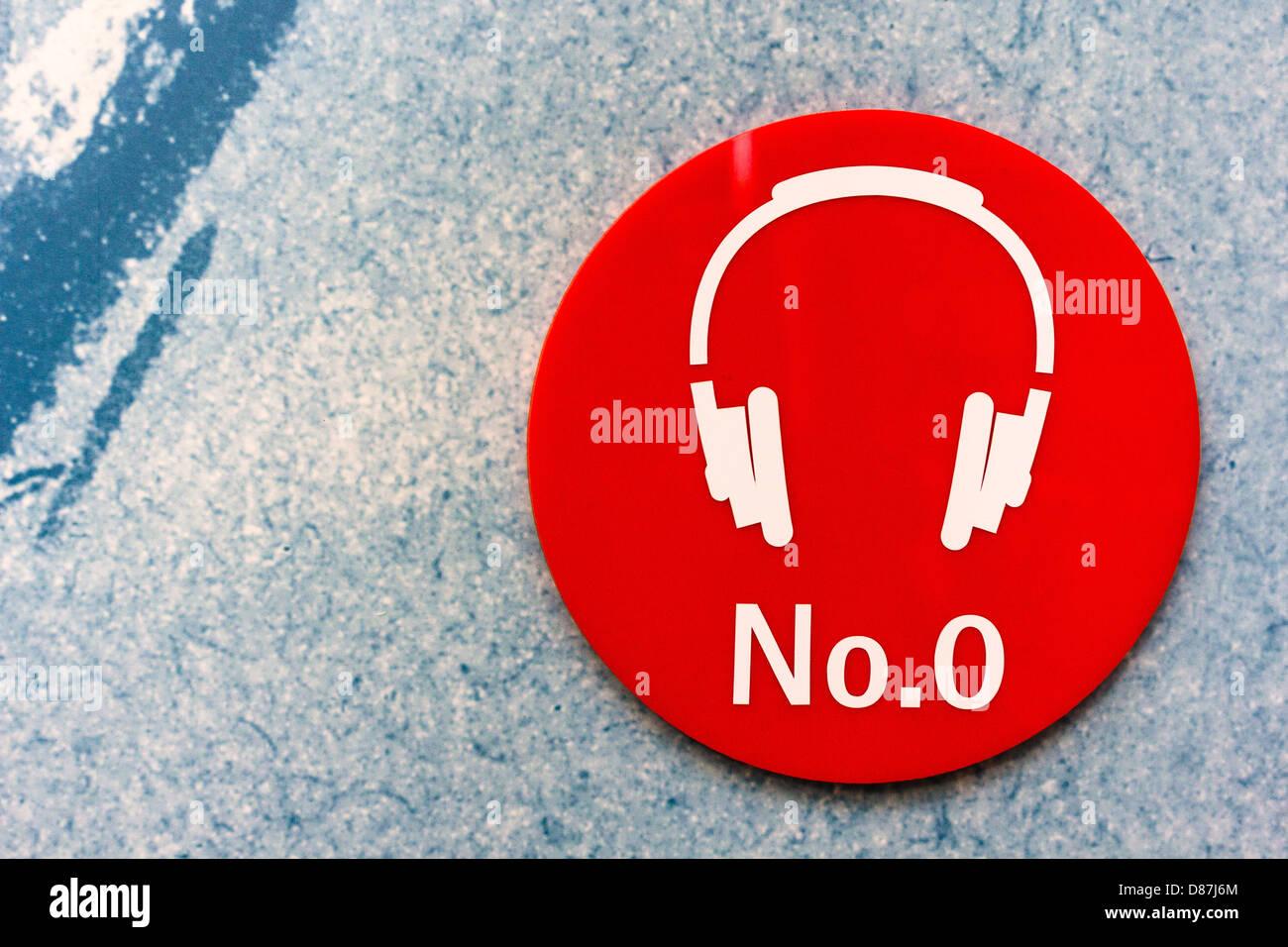 Auricular de punto de referencia para la grabación en el centro de visitantes de turismo Dundee. Imagen De Stock