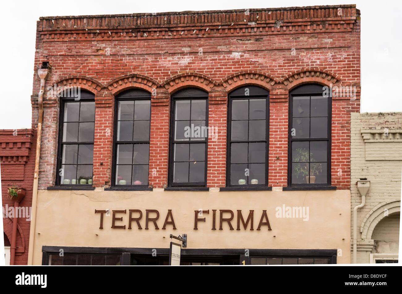 Jacksonville, Oregón, Estados Unidos. Terra Firma, tienda de ropa en el centro histórico de la ciudad Imagen De Stock