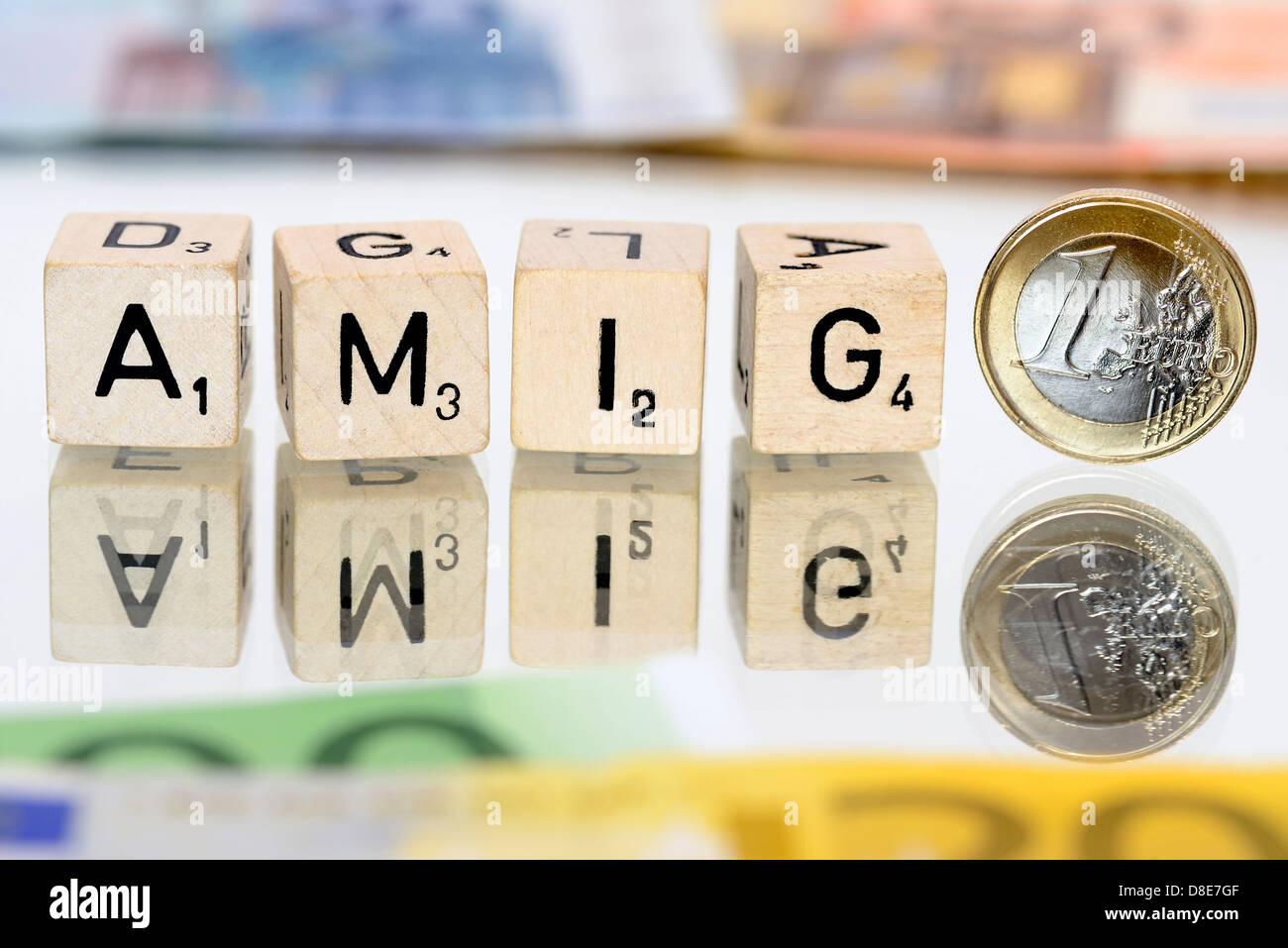 La palabra amigo con cartas y monedas de euro, Amigo asunto Imagen De Stock