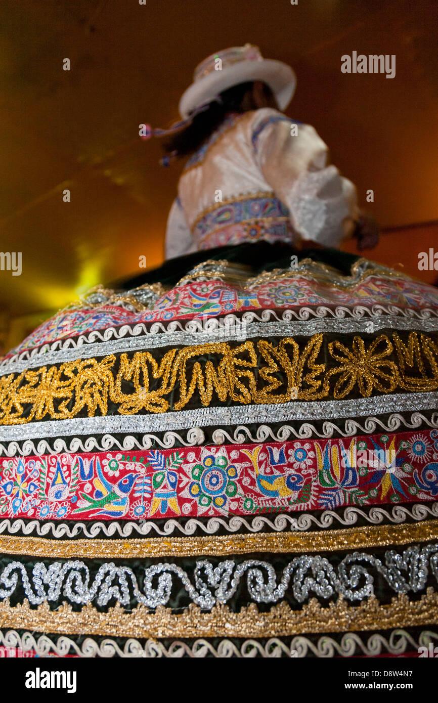 Par realizar Danza Wititi, tradicionales, locales de baile, El Cañón del Colca, Perú Imagen De Stock