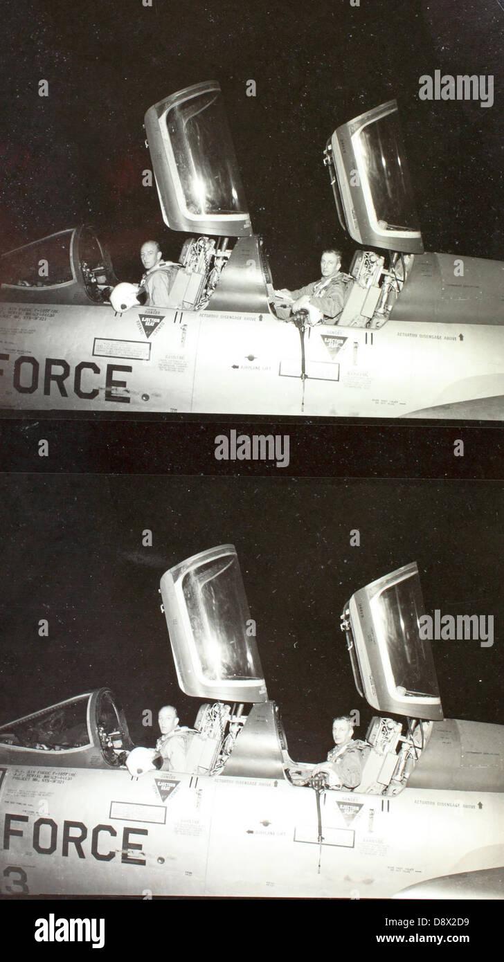 El Coronel Rockly Triantifellu en República F-105 Imagen De Stock