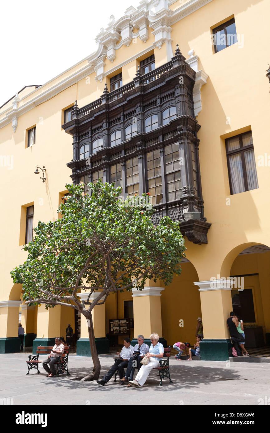 Jr. Callao Street, cerca de la Plaza Mayor, Lima, Perú. Foto de stock