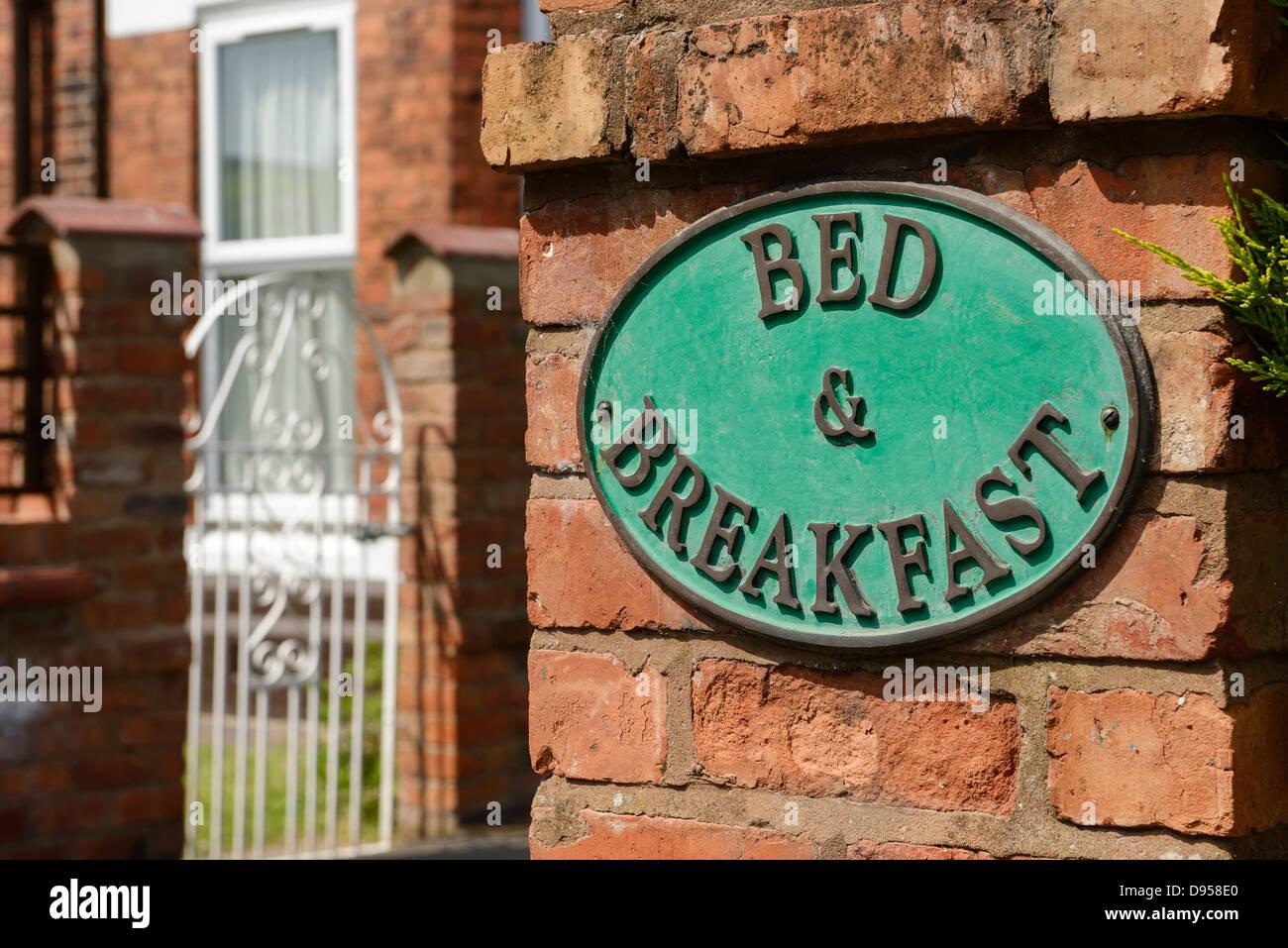 Bed and Breakfast firmar Imagen De Stock