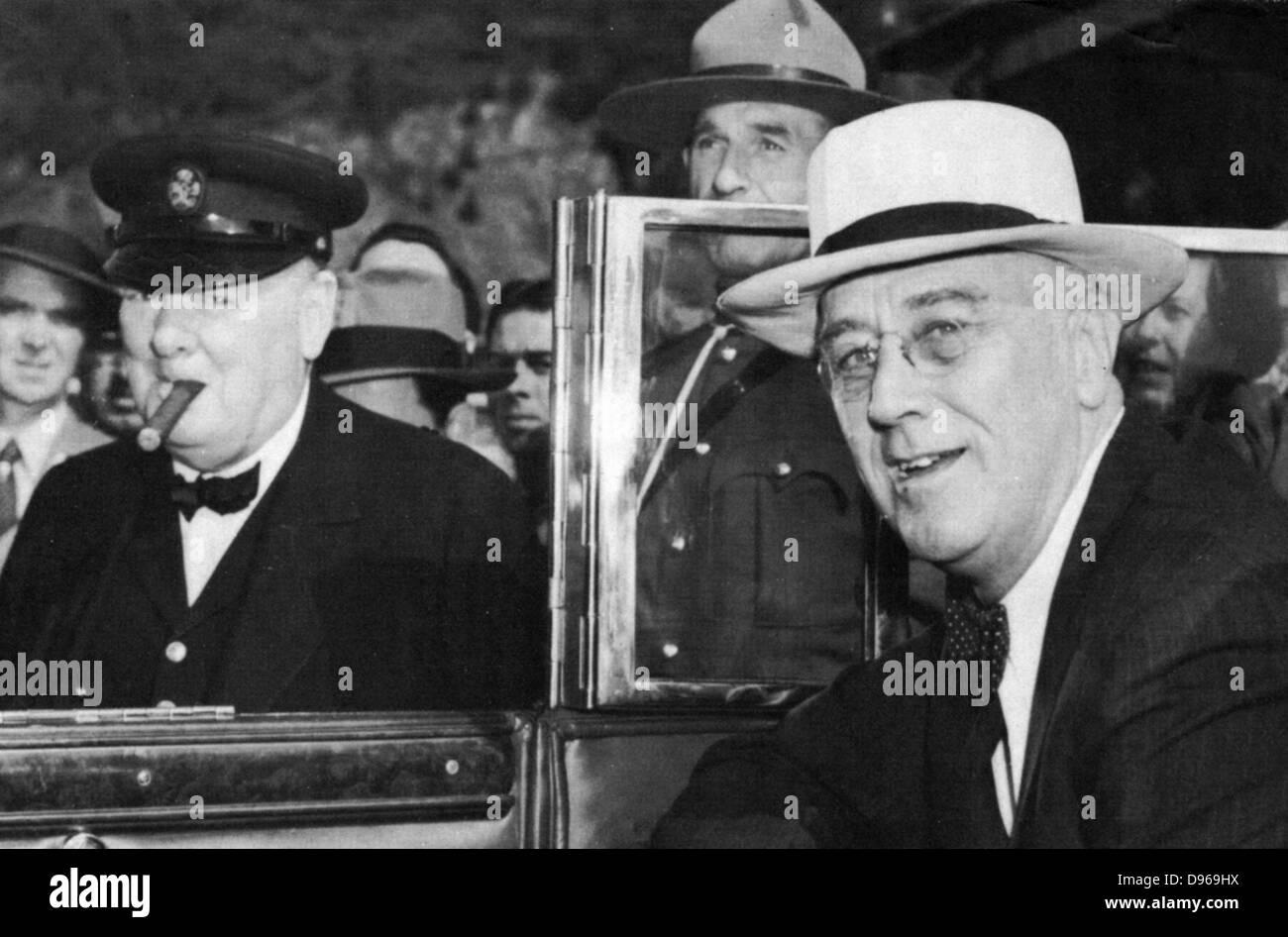 Franklin Delano Roosevelt (1882-1945) 32º Presidente de los Estados Unidos (derecha) y Winston Churchill (1874-1965), Foto de stock