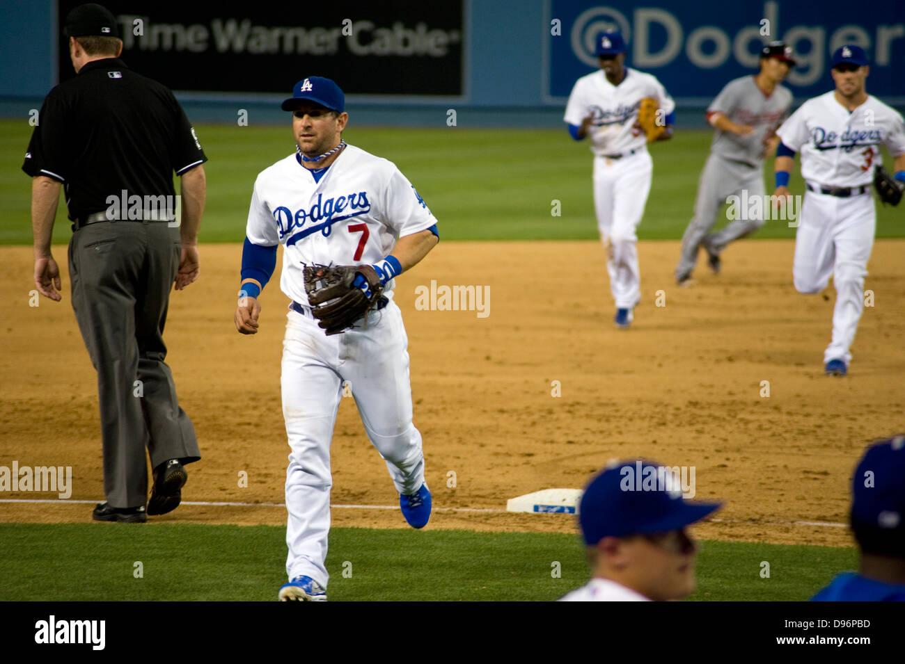 91fbb5edf107c Los Angeles Dodgers los jugadores durante el partido en el Estadio de los  Dodger Imagen De