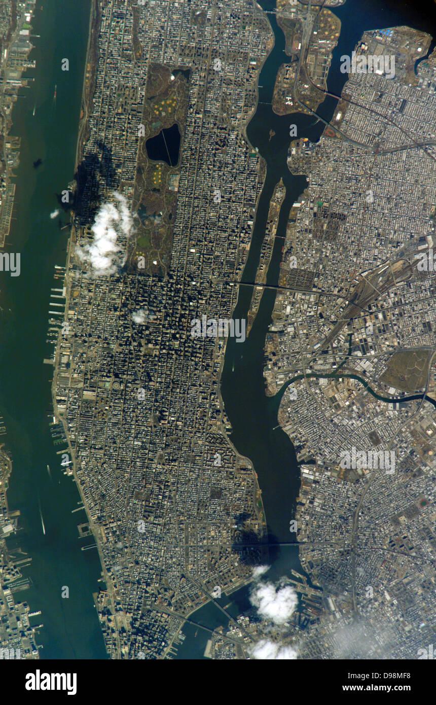 2005. La Isla de Manhattan y el Central Park son fácilmente reconocibles destacados en esta imagen fotografiada Imagen De Stock