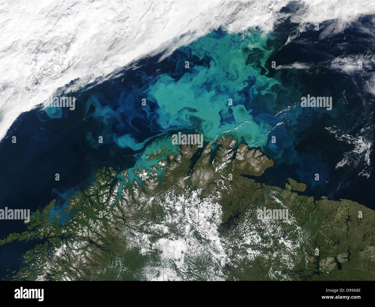Mar de Barents Julio 19th, 2003, como se ha visto por el MODIS. Imagen cortesía de Jacques Descloitres, MODIS Imagen De Stock