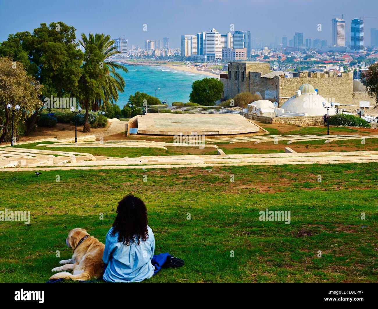 Vista desde el jardín de Ramses en Jaffa, Tel Aviv, Israel Imagen De Stock