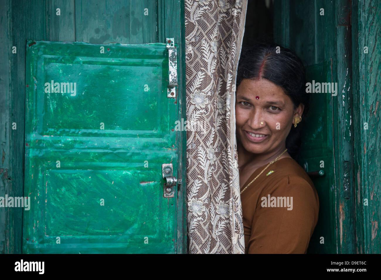 Mujer local, Landour, Mussoorie, India Imagen De Stock