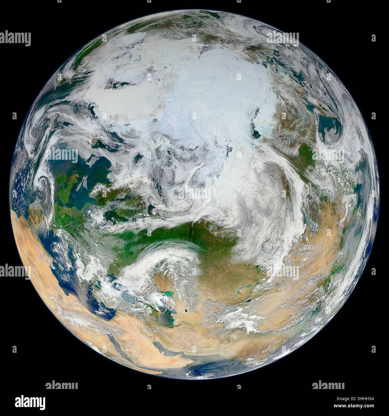 Una visión sintetizada de la Tierra mostrando el Ártico, Europa y Asia. Imagen De Stock