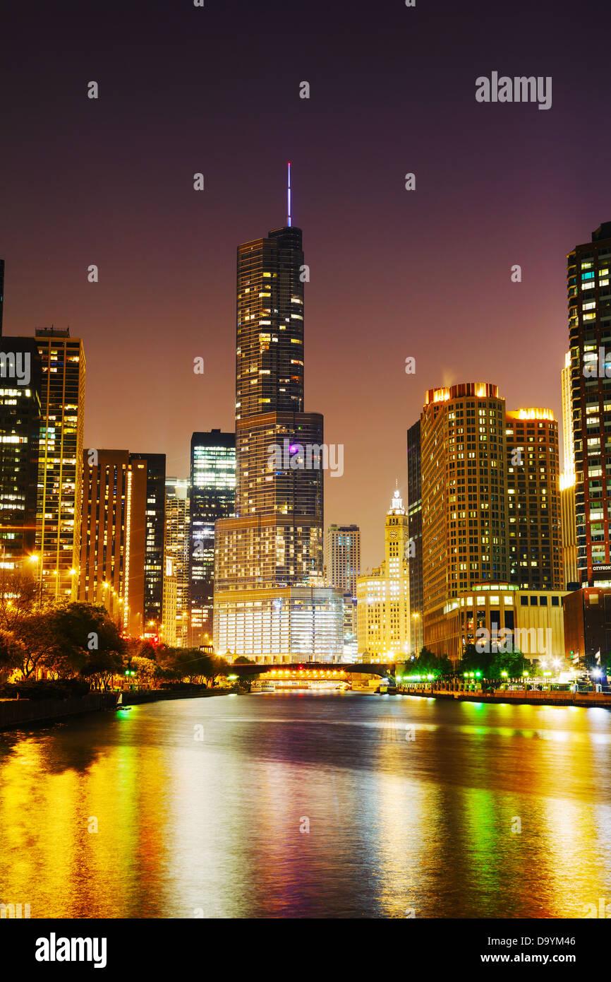 El Trump International Hotel & Tower en Chicago, Illinois Imagen De Stock