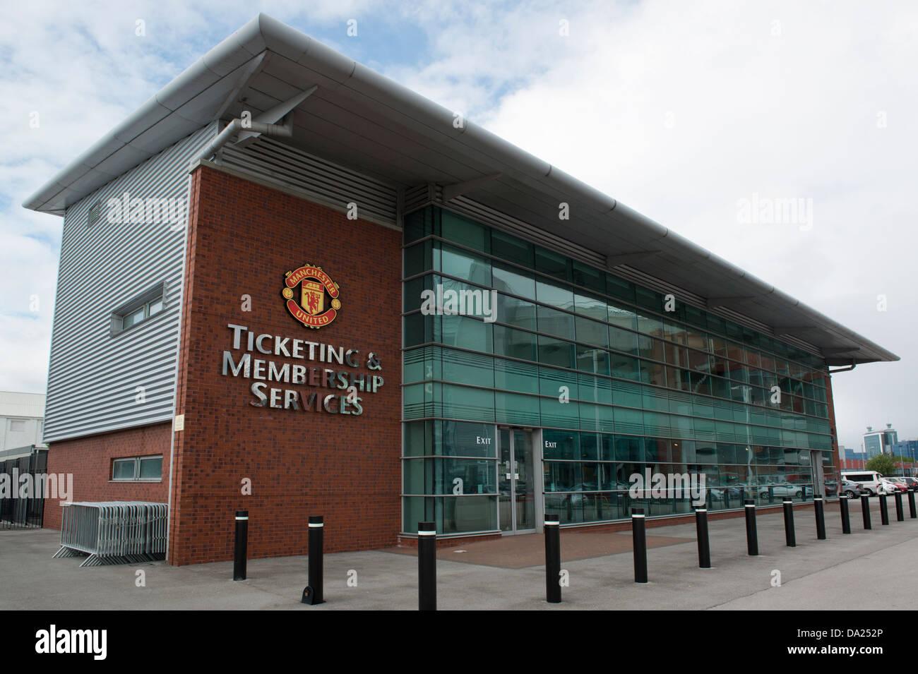 El ticketing y servicios para socios de el edificio de oficinas de la sede del club de fútbol Manchester United Imagen De Stock