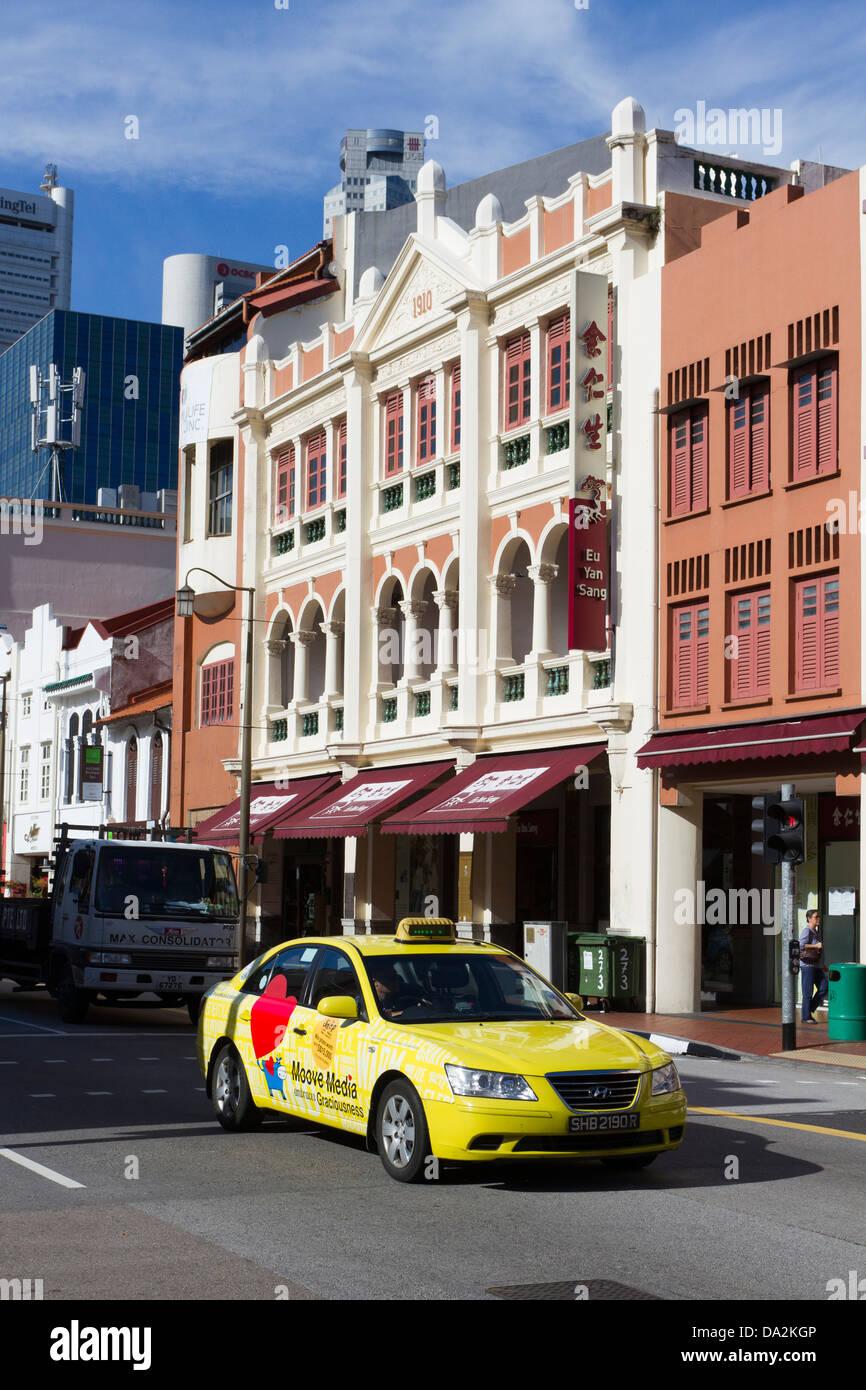 Taxi amarillo de Chinatown, Singapur, Asia Imagen De Stock