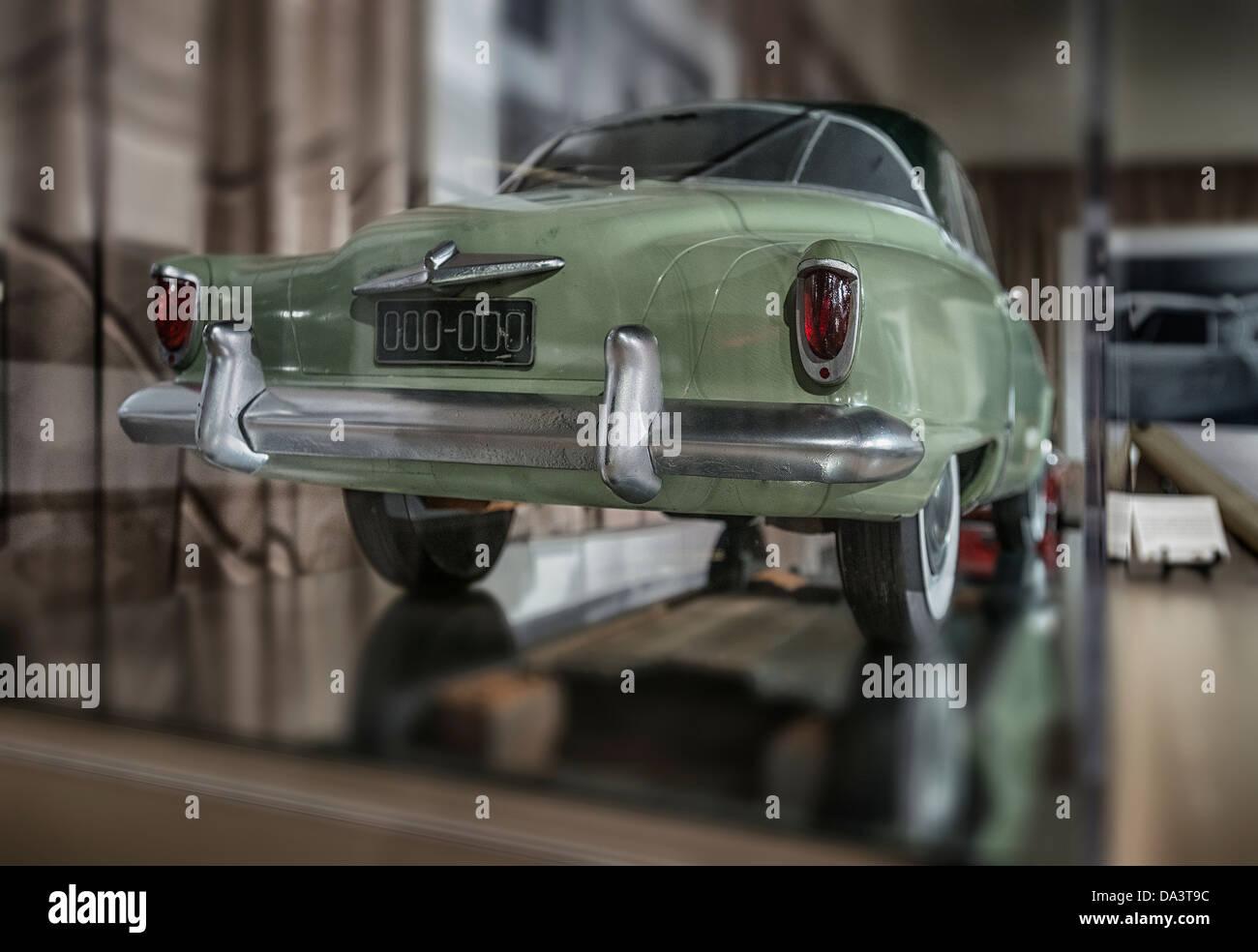 Un estudio de diseño para un modelo de arcilla1950's Studebaker automobile Imagen De Stock
