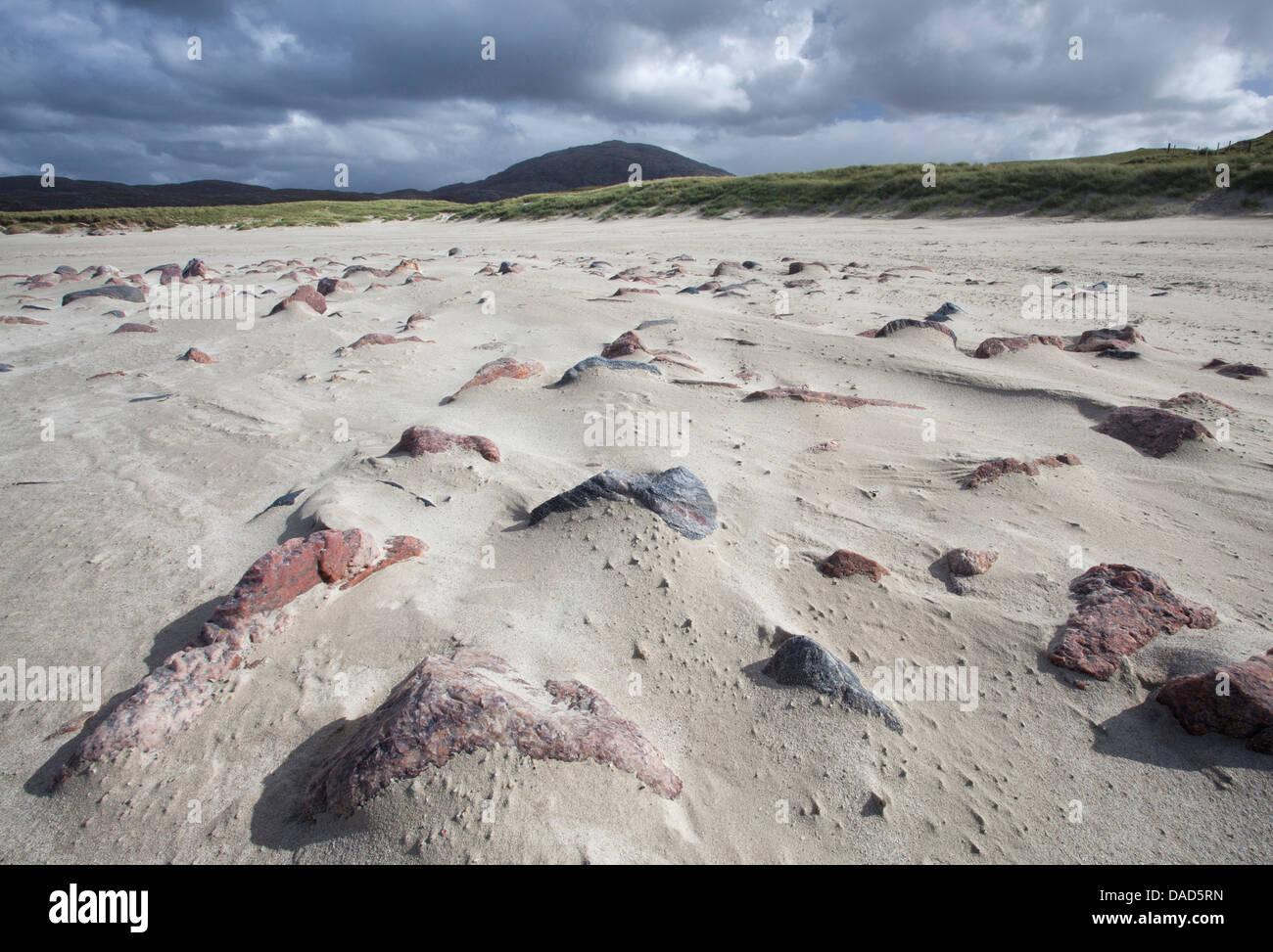 Uig Playa con patrones en primer plano creado por el viento que sopla la arena, Isla de Lewis, Hébridas Exteriores, Imagen De Stock
