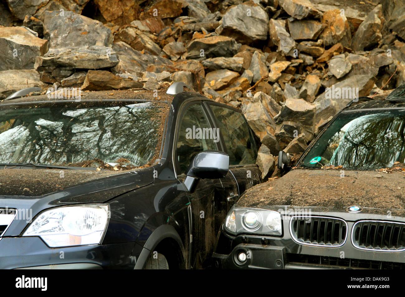 Pérdida total de automóviles por una roca el frenado off, Alemania Foto de stock