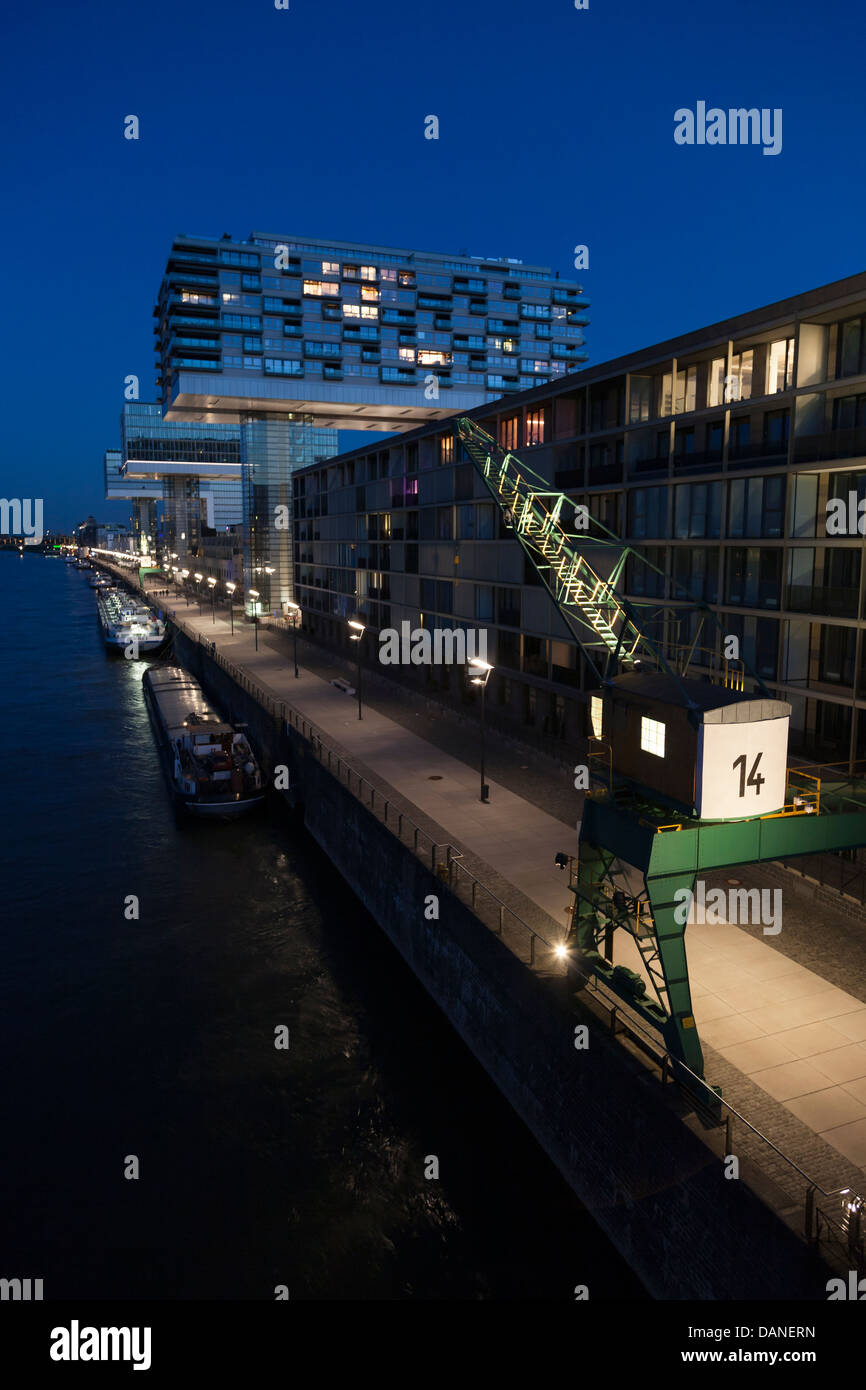 El Rheinauhafen, Rheinau Harbour es un 15.4 hectáreas (38 acres) de proyectos de regeneración urbana en Colonia, Alemania, ubicados a lo largo de t Foto de stock