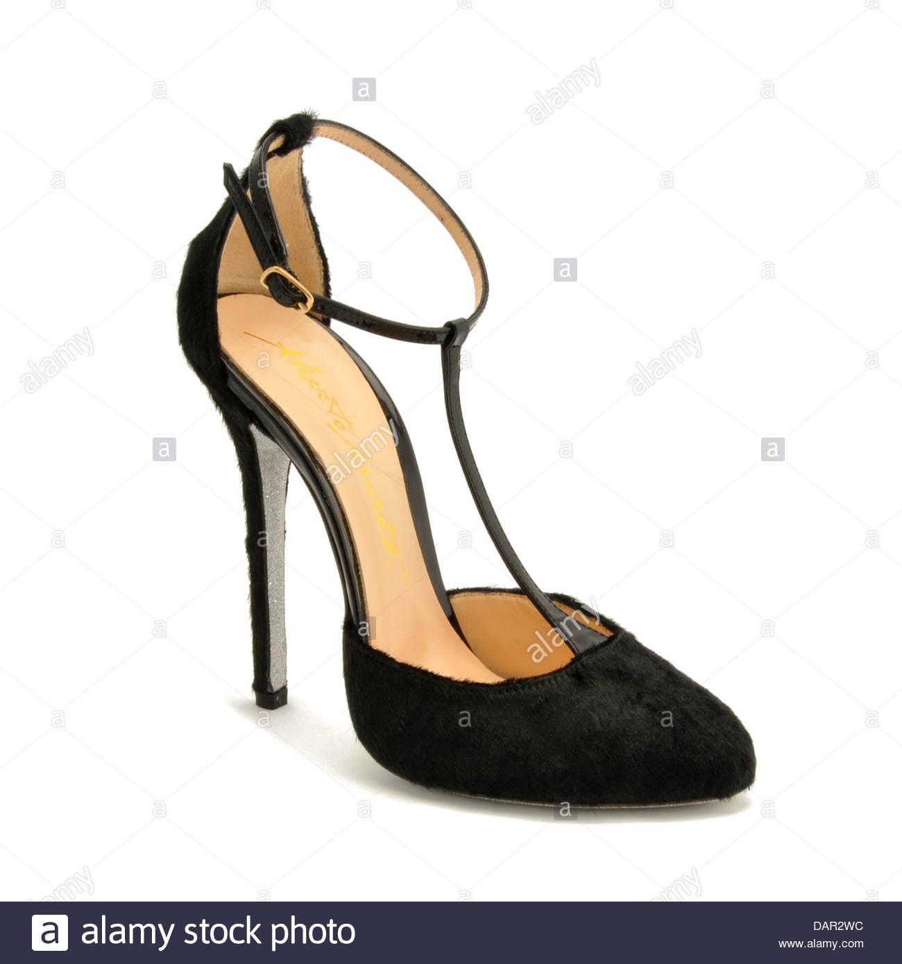 Los zapatos de Alberto Moretti. Imagen De Stock