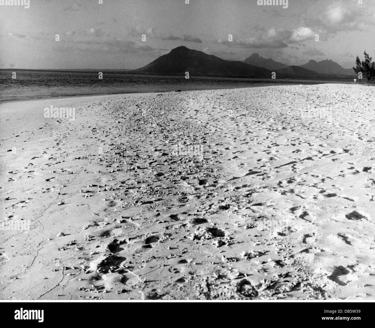 Geografía / viajes, Mauricio, Le Morne, playa, 1960, 60s del siglo XX, histórico, histórico, Océano Imagen De Stock