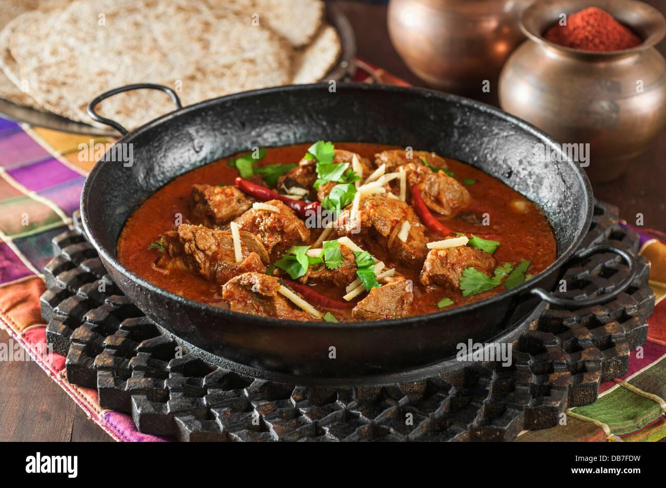 Laal Jungli Maas. Cordero al curry picante Rajastán India Foto de stock