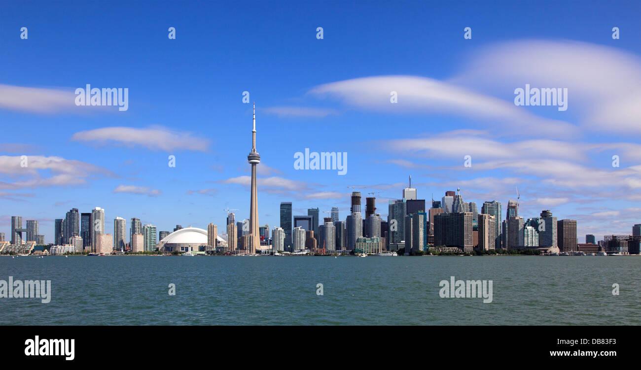 Toronto, Ontario, Canadá, el horizonte, el Centro Rogers, la Torre CN, el distrito financiero, Imagen De Stock