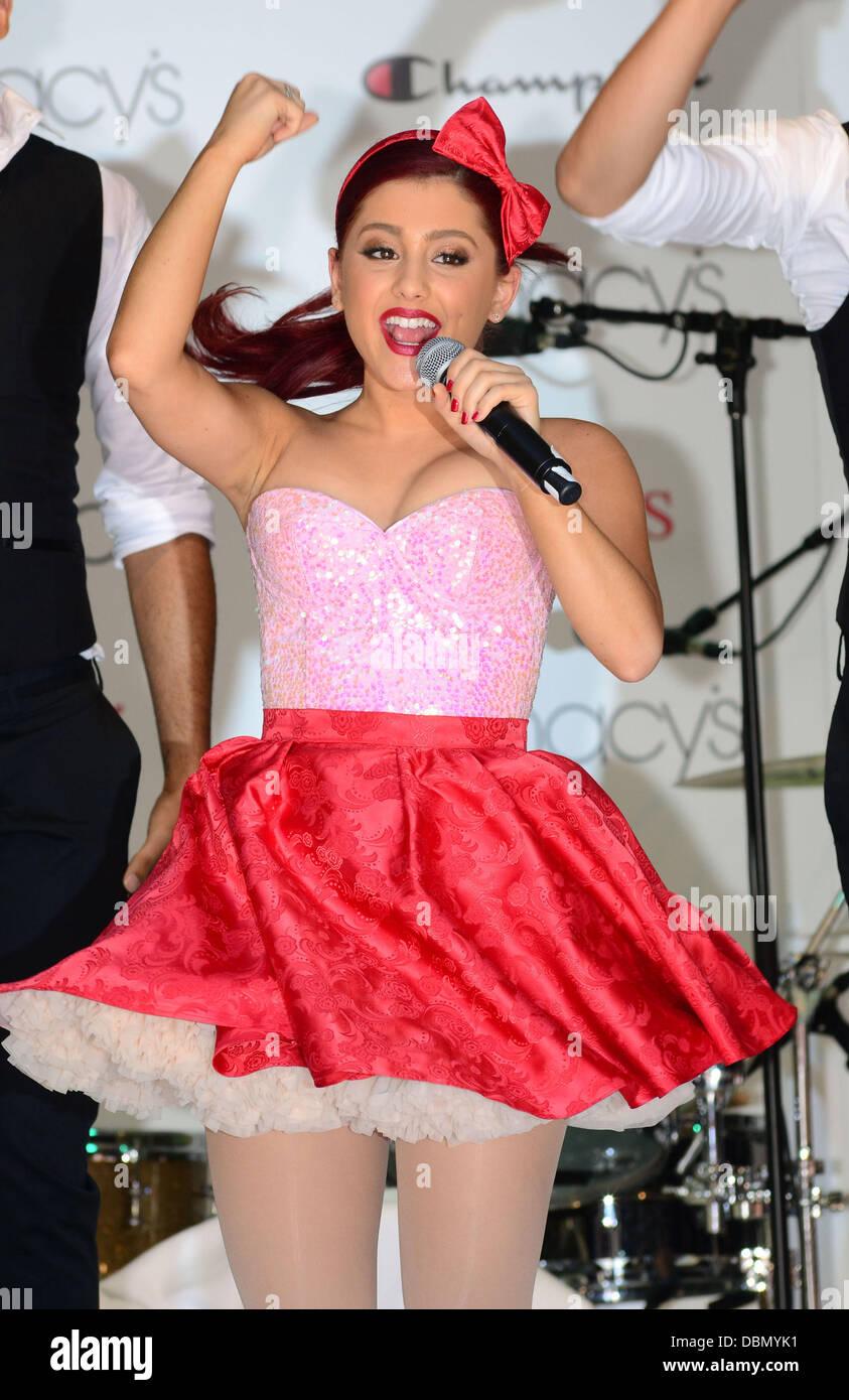 Ariana Summer Imágenes De Stock & Ariana Summer Fotos De Stock - Alamy