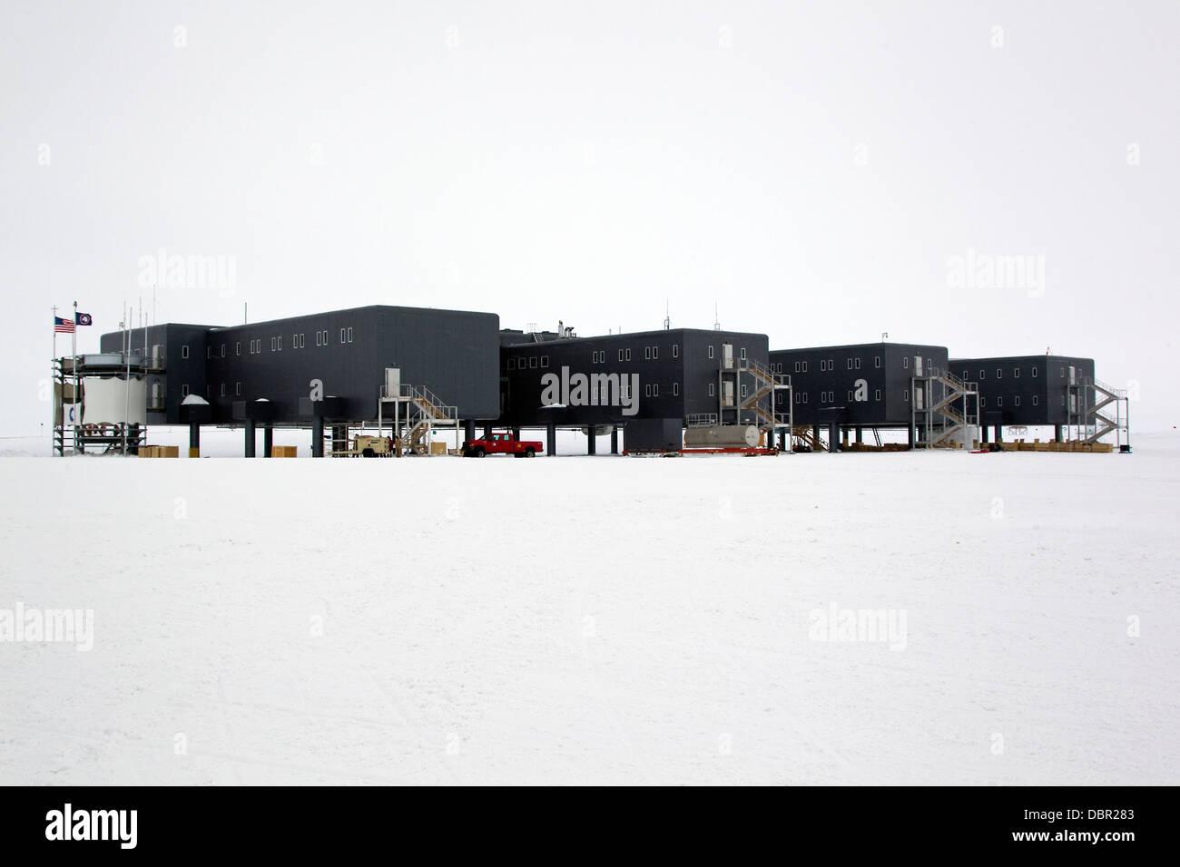 La estación del Polo Sur Amundsen-Scott, American estación de investigación científica, el Polo Sur, la Antártida Foto de stock