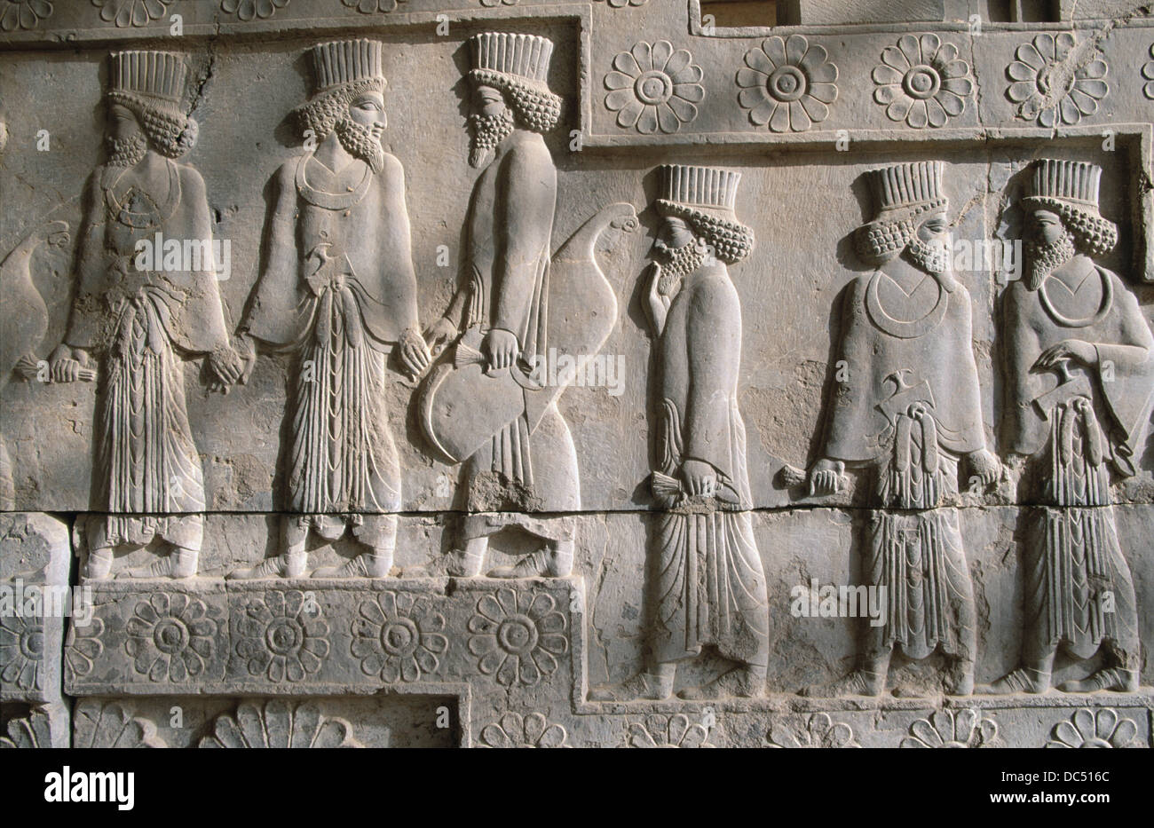 Relieves. Persépolis. Irán Foto de stock