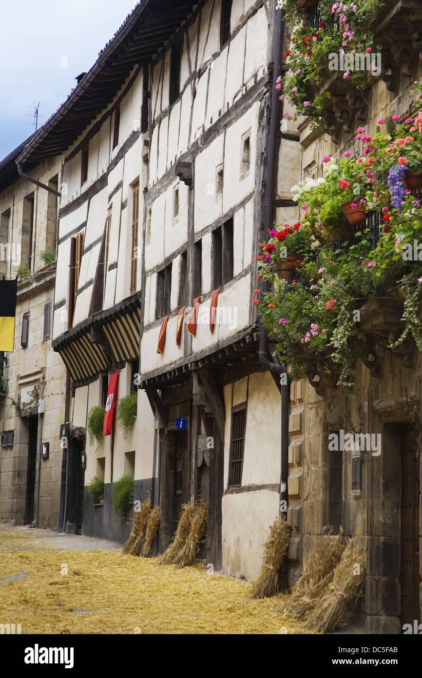 Casa del siglo XVI, la casa Ardixarra feria medieval, Segura, Goierri, Guipúzcoa, País Vasco, España Imagen De Stock
