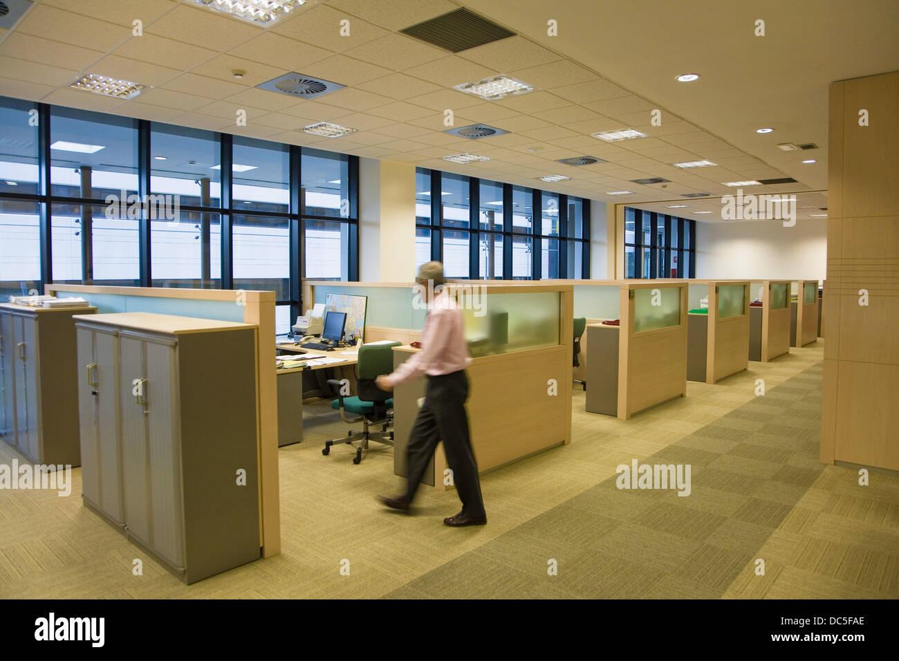 Interior de la oficina del operador de energías renovables, Iberdrola, Bilbao. Vizcaya, País Vasco, España Foto de stock
