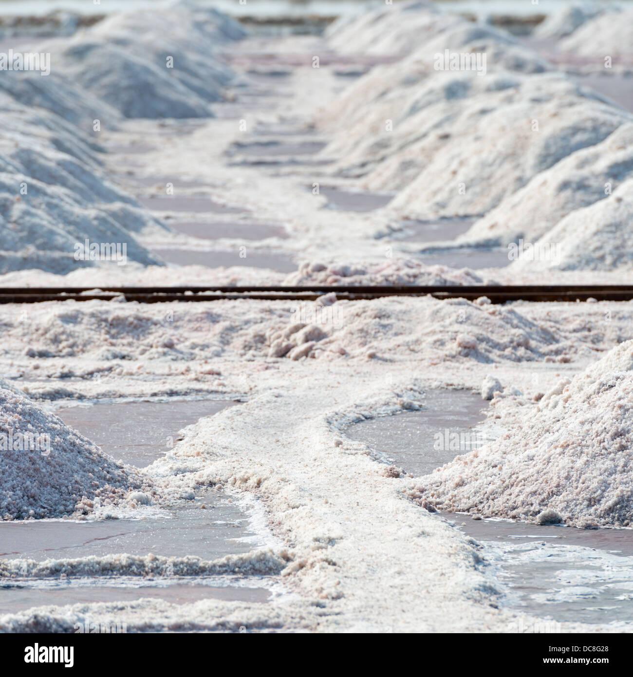 Montones de Sal y la ruta de la sal granja Imagen De Stock